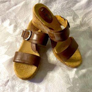 Women's b.o.c. Wedge sandals